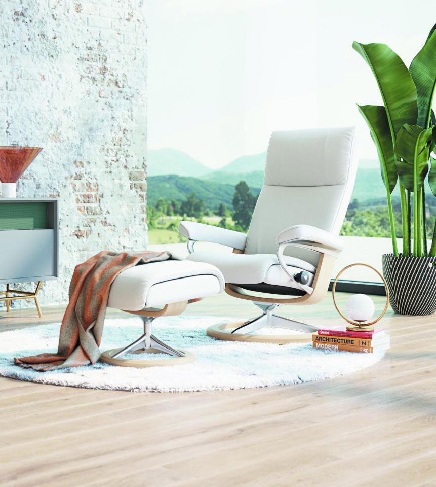 Zalig relaxen met een gratis voetbank van Stressless - Vandermeeren Interieurs